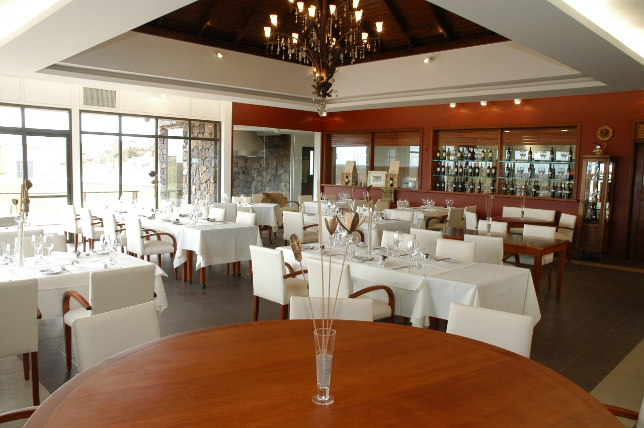 Resultado de imagen para Neuquén: Saurus Restaurante