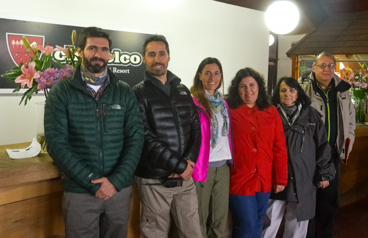 Nieves del CHapelco entregó a la Cooperadora del Hospital Ramón Carrillo $ 178.400 recaudados en la apertura solidaria de Chapelco DAC_5499