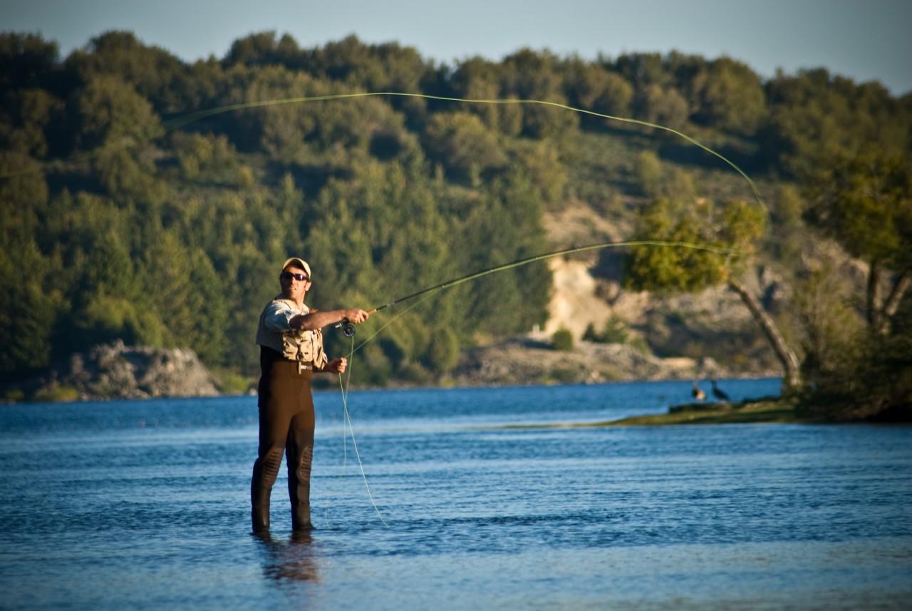 pesca, mosca, fly fishing, lago aluminé