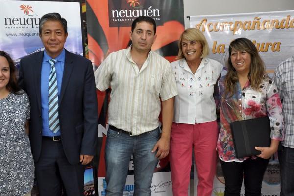 Lanzamiento-fiesta-del-Ñaco.-Rolando-Figueroa-con-intendente-de-El-Cholar-1