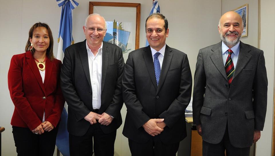 Jose-Brillo-con-intendente-Biobio-Rodrigo-Diaz-Worner