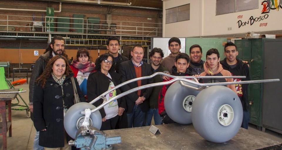 PIE-Prototipo-silla-de-ruedas-para-nieve_4745-1024x546